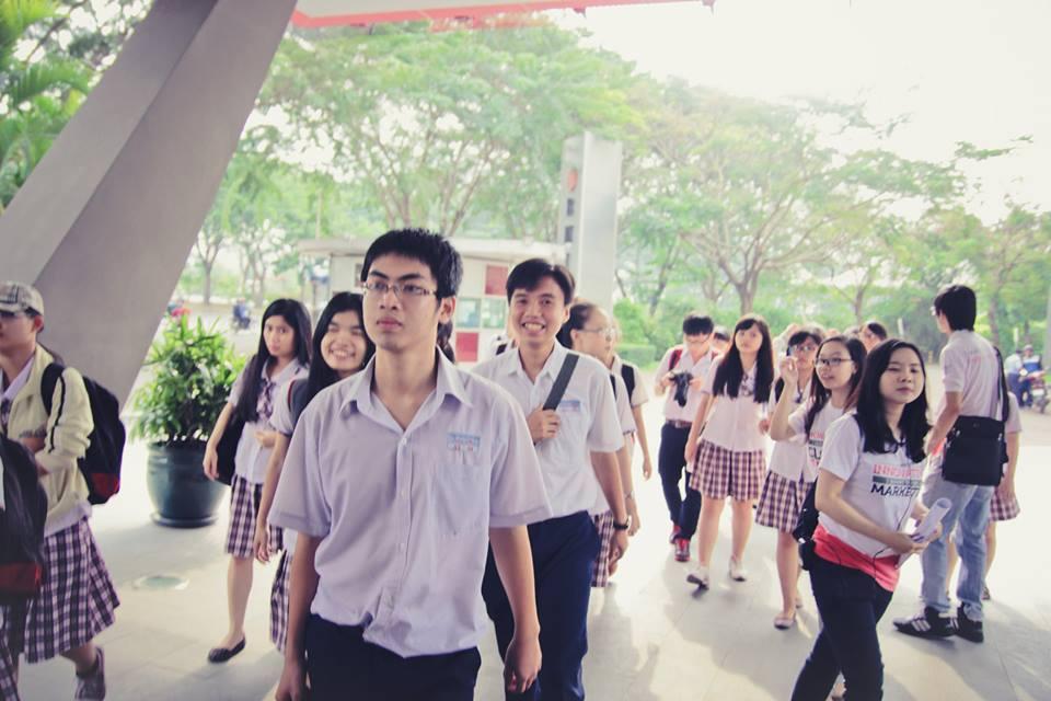 Vật dụng được mang và cấm mang vào thi Đại học quốc gia Hà Nội (Chú ý)