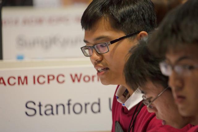 Phạm Hy Hiếu tại kỳ thi Lập trình Quốc tế dành cho sinh viên ACM ICPC 2014