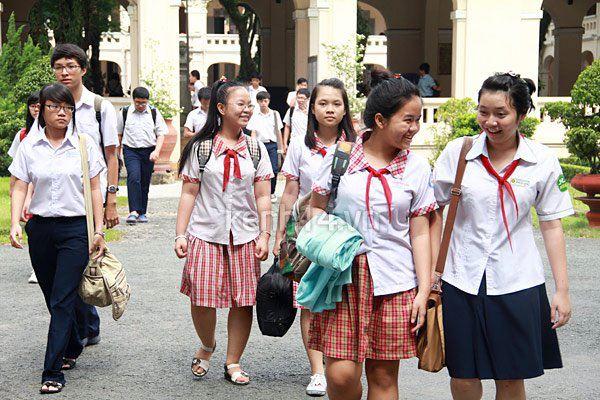 Hà Nội công bố điểm chuẩn vào lớp 10 trường đầu tiên năm 2016