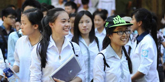 Bộ GD giải thích vì sao thí điểm tiếng Nga, tiếng Trung là ngoại ngữ bắt buộc