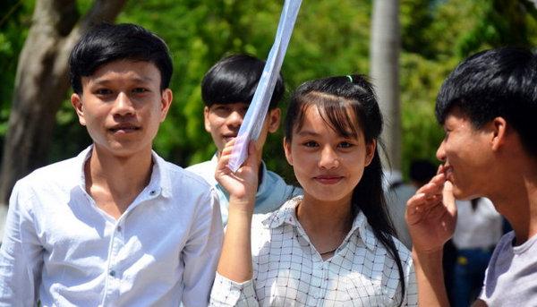 Đề thi học kì 1 môn Toán 12 trường THPT Nguyễn Du 2016