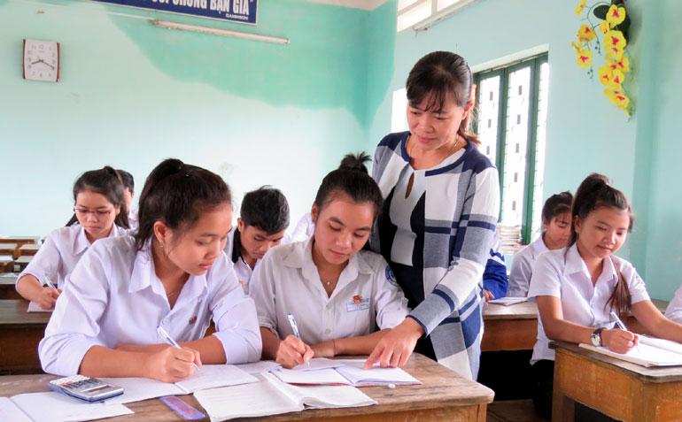 Tuyển sinh lớp 10 Phú Yến 2017: Trường PT dân tộc nội trú thi tuyển vào lớp 10