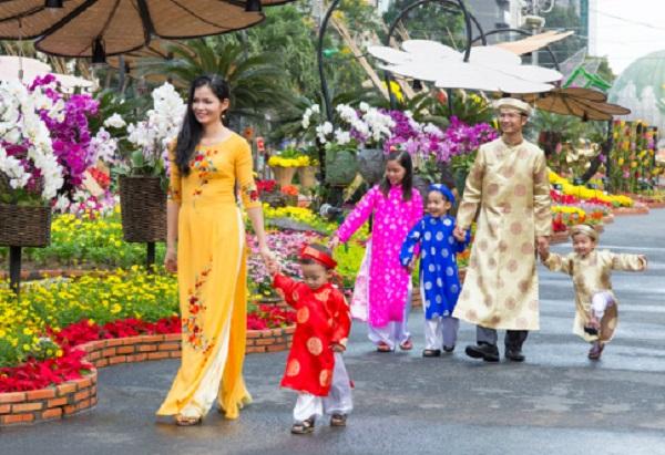 Xem ngày giờ và hướng xuất hành năm mới Đinh Dậu 2017