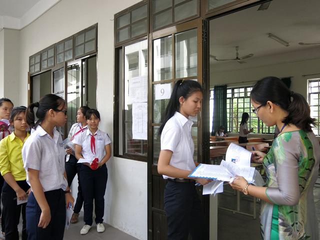 Đà Nẵng có 300 chỉ tiêu tuyển sinh vào lớp 10 THPT chuyên Lê Quý Đôn năm học 2017 - 2018 (ảnh minh họa: HS thi vào lớp 10 tại Đà Nẵng năm 2016)