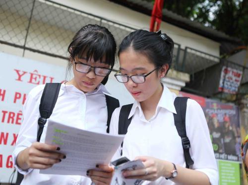 Trường Phổ thông Năng khiếu TPHCM tuyển sinh vào lớp 10 năm 2017