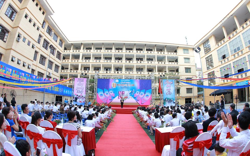 Trường THPT Huỳnh Thúc Kháng tuyển sinh vào lớp 10 năm 2017
