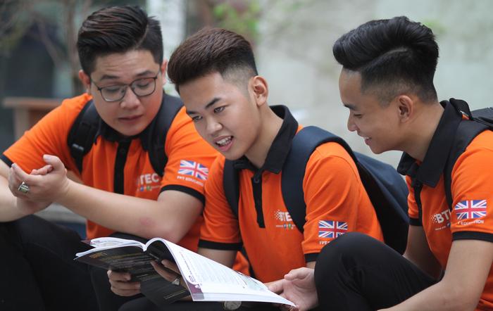 Thông báo tuyển sinh trường cao đẳng Quốc tế Btec FPT 2018