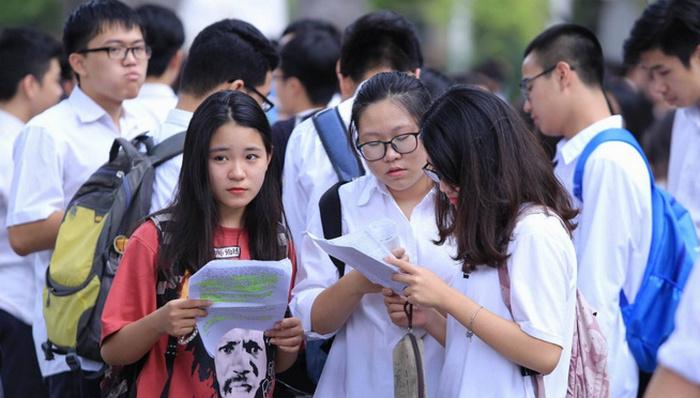 Tỉ lệ số câu lớp 11 và 12 trong đề thi tham khảo THPT quốc gia 2018