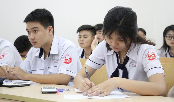 Cấu trúc đề thi đánh giá năng lực - ĐH Quốc gia TPHCM 2018