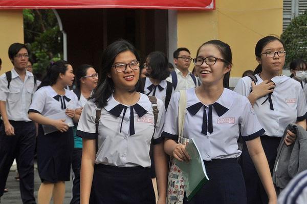 Thí sinh huyện đảo Phú Quý được hỗ trợ tối đa để tham dự kỳ thi THPT Quốc gia 2018