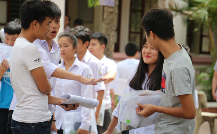 Sau 2 ngay loc ao diem chuan Dai hoc kho luong