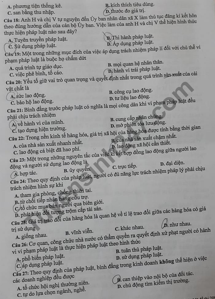 De thi thu Tot nghiep THPT 2021 lan 1 THPT Chuyen Lao Cai mon GDCD