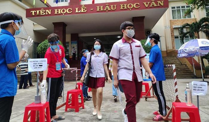 Dai hoc Su pham ky thuat TPHCM cong bo hoc phi nam 2021 - 2022