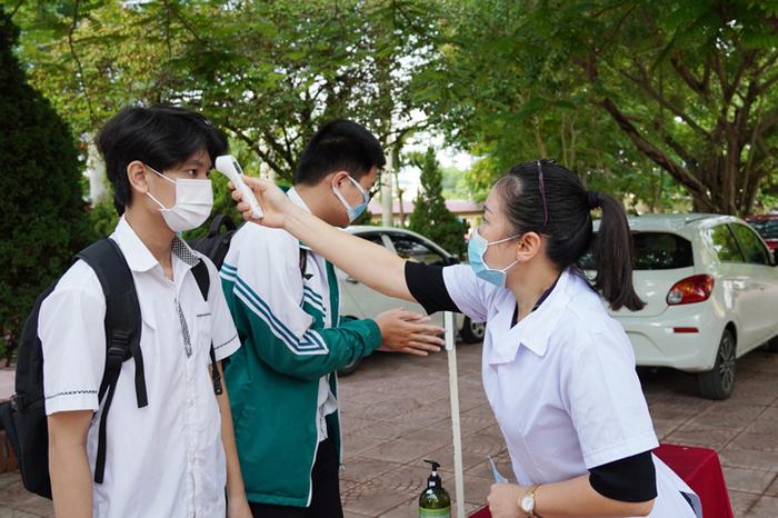 Tra cuu diem thi tot nghiep THPT 2021 - So GD Quang Binh