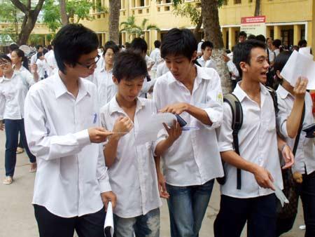 Dap an de thi cao dang khoi D nam 2012