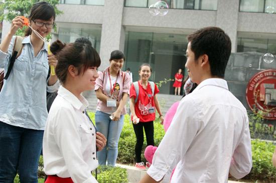 Ấn tượng những màn tỏ tình made by sinh viên