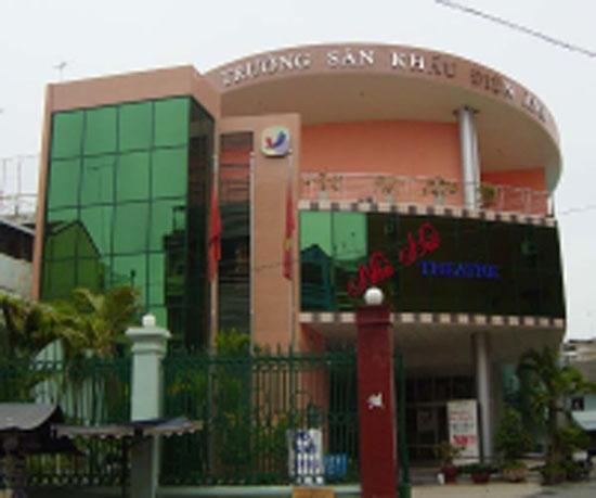 Ty le choi Dai Hoc San Khau, Dien Anh TPHCM