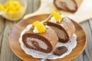 Trổ tài làm bánh cuộn chocolate thơm ngon, hấp dẫn