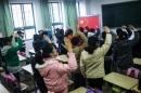 Ô nhiễm không khí học sinh Trung Quốc phải chào cờ trong nhà