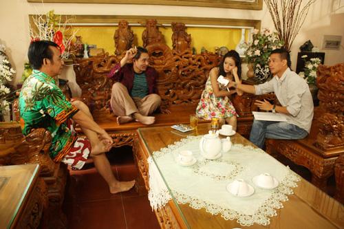 Nội dung phim xoay quanh câu chuyện anh Mưu (Quang Tèo), anh Mửu (Chiến Thắng) đều phải lòng cô Kếu (Diễm Hương).