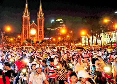 Những địa điểm vui chơi Giáng sinh tại Sài Gòn anh 1