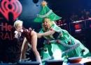 Những hình ảnh Giáng sinh độc đáo của sao Hollywood