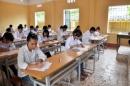 Giáo viên bắt học sinh lớp 8 thi hộ lớp 9 bị kỷ luật