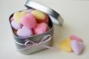 Khéo léo làm kẹo đường trái tim dành tặng người yêu