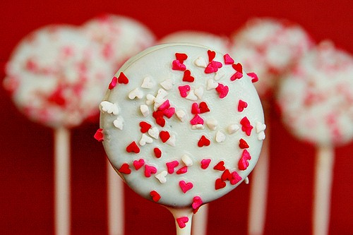 cách làm socola Valentine, bánh Oreo, lễ Tình nhân, quà tặng Valentine, kẹo trái tim, socola trắng