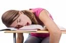7 thói quen xấu điển hình của sinh viên hiện nay