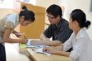 Làm thủ tục dự thi: Các hội đồng thi kiểm soát chặt chẽ việc thi hộ