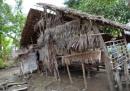 Rơi nước mắt với hoàn cảnh nghèo khó của 3 anh em nhường nhau học ĐH
