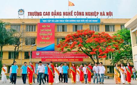 Tuyen sinh nam 2014 truong Cao dang nghe cong nghiep Ha Noi