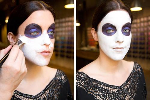 hướng dẫn hóa trang mặt nạ Halloween ấn tượng-3