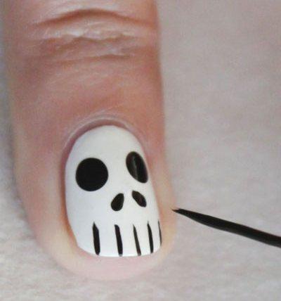 Nhung mau mong tay dep va doc dao cho ngay le Halloween