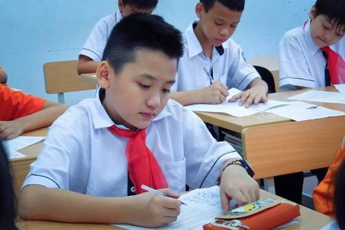 Tuyen sinh vao lop 6 nam 2015 THPT Chuyen Tran Dai Nghia