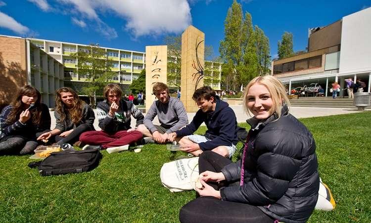 Tổng hợp học bổng trường Đại học Quốc gia Úc 2017-2018