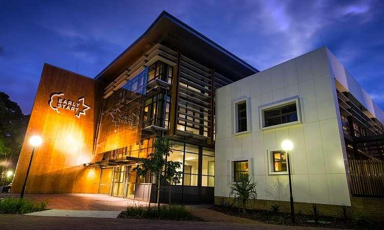 Học bổng quốc tế bán phần Đại học Wollongong, Úc 2017-2018
