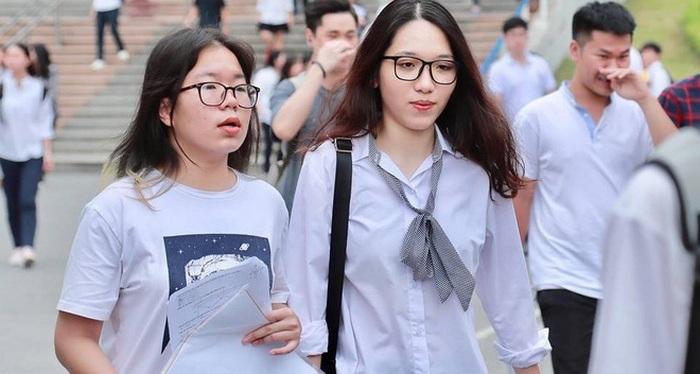 Ngưỡng điểm nhận hồ sơ xét tuyển vào Đại học Hà Tĩnh 2018