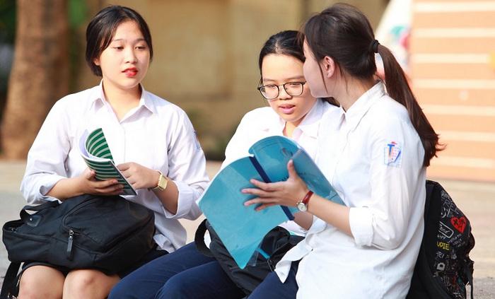 Lịch thi vào lớp 10 TPHCM năm 2020