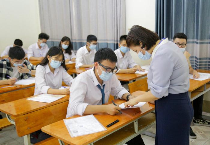 Tra cứu điểm thi tốt nghiệp THPT năm 2021 - tỉnh Hưng Yên