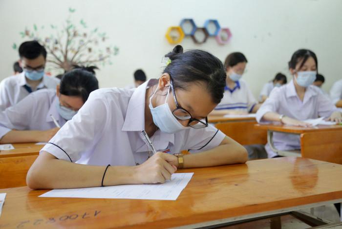 Đại học đầu tiên tuyển thẳng thí sinh điểm cao chưa trúng tuyển